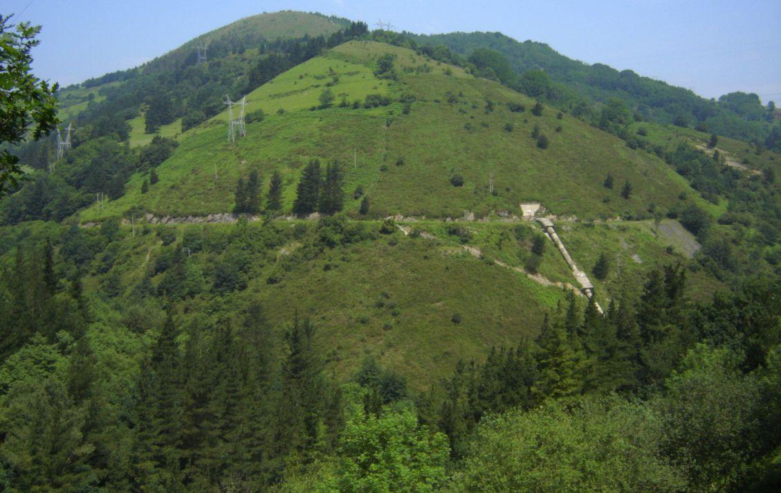 foto-3-valle-de-bolintxu-hacia-salida-del-tunel-de-arnotegi-antes_0