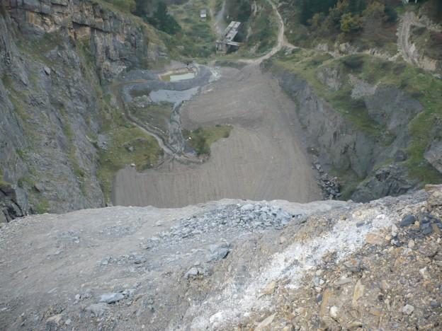Cantera Artxondoko - desde zona superior, humedal destruido